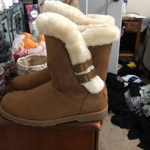 Brand new winter/fall boots